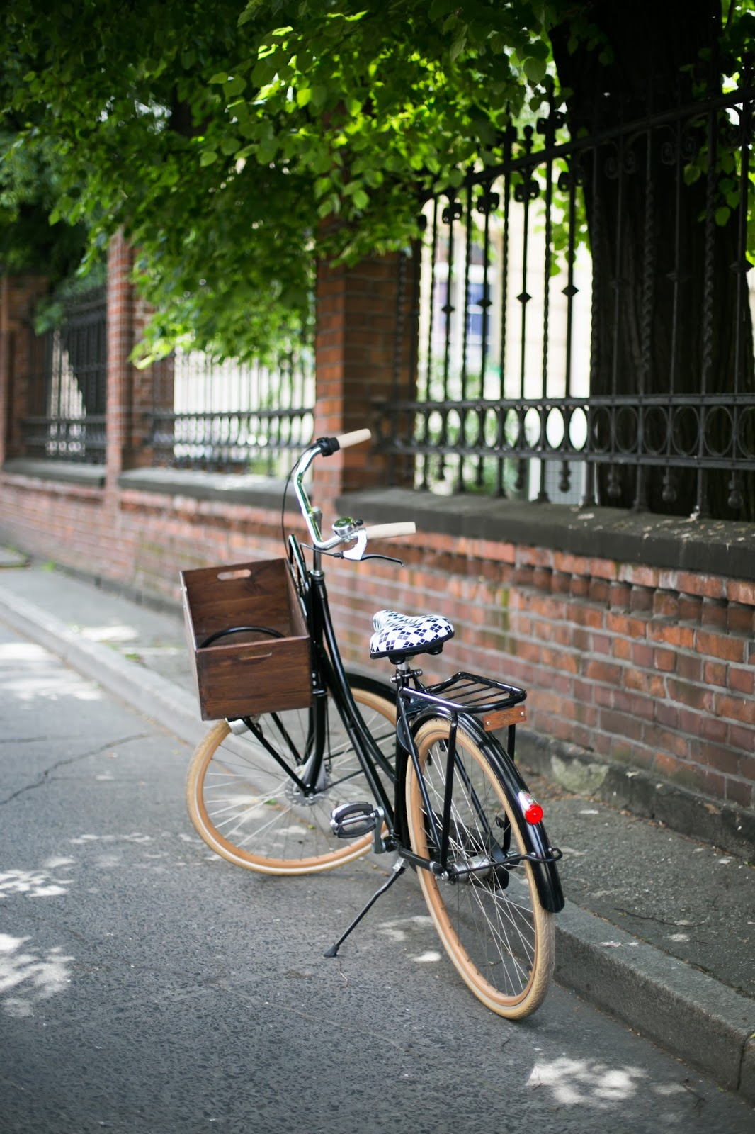 Rower miejski w stylu retro