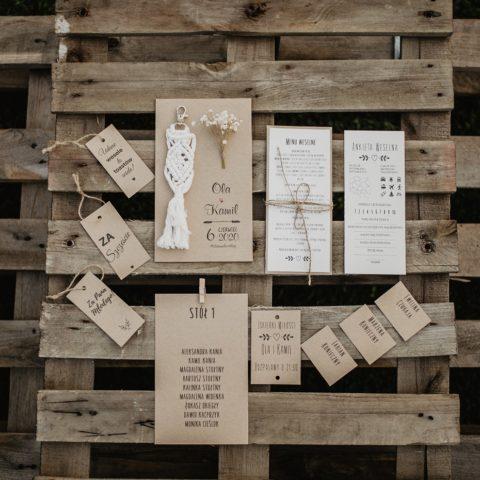 Papeteria ślubna w stylu rustykalnym