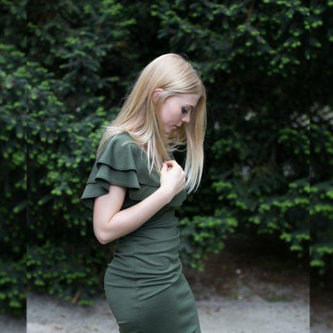 Elegancka oliwkowa sukienka