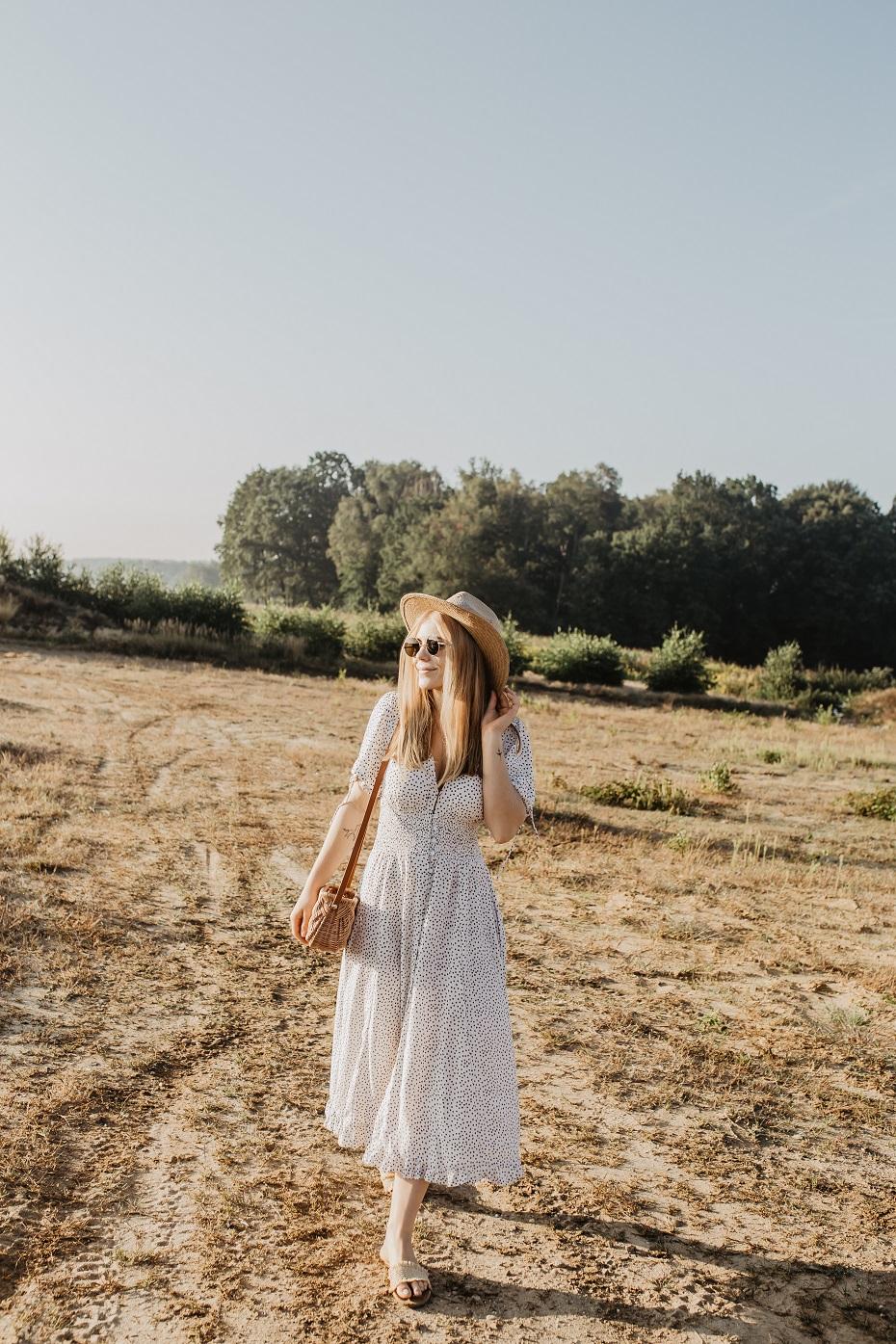 sukienki letnie lniane i bawełniane