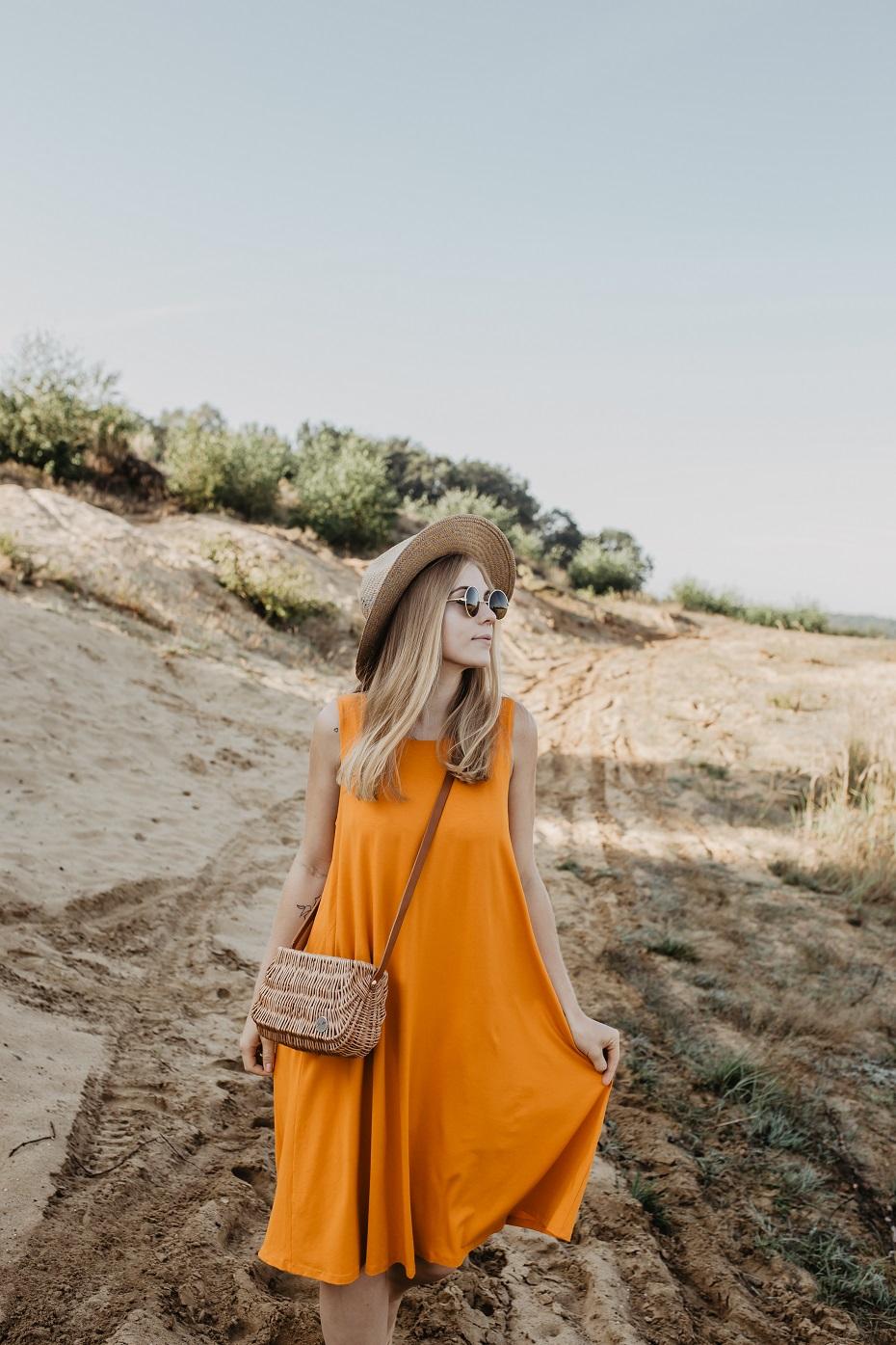 Sukienka Luksusowy Look A&M