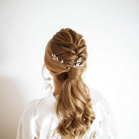 Fryzura ślubna 2020 |Ślubne ozdoby do włosów