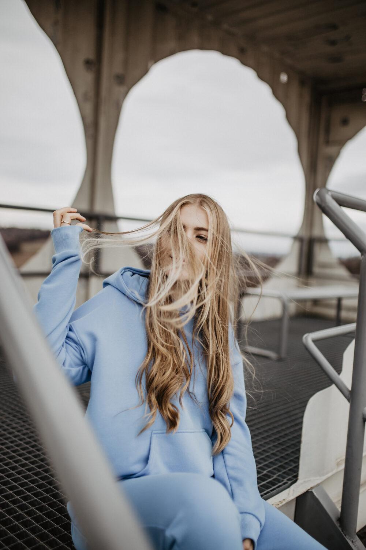 Błękitny dres damski komplet